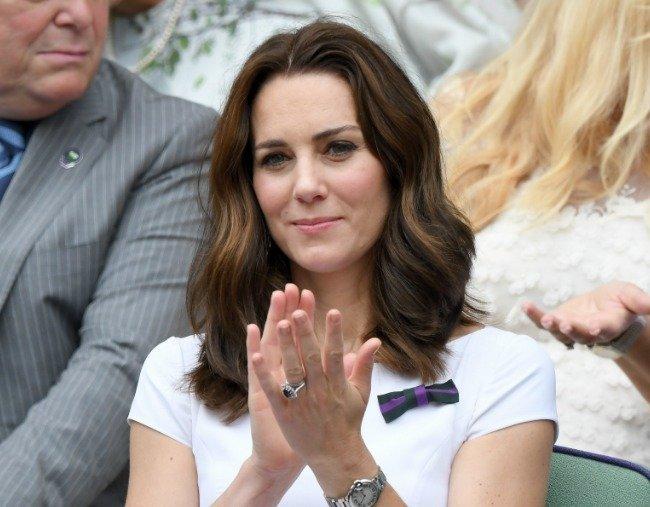 Kate Middleton: Αυτός είναι ο λόγος που δεν βάφει ποτέ τα νύχια της